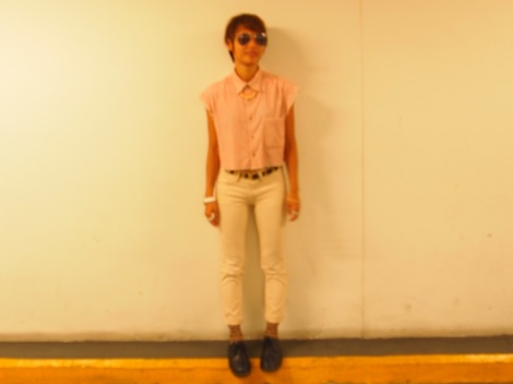 Top, belt (Bangkok), jeans (Uniqlo), shoes (Dr. Martens), necklace (Forever21), socks (Daiso).