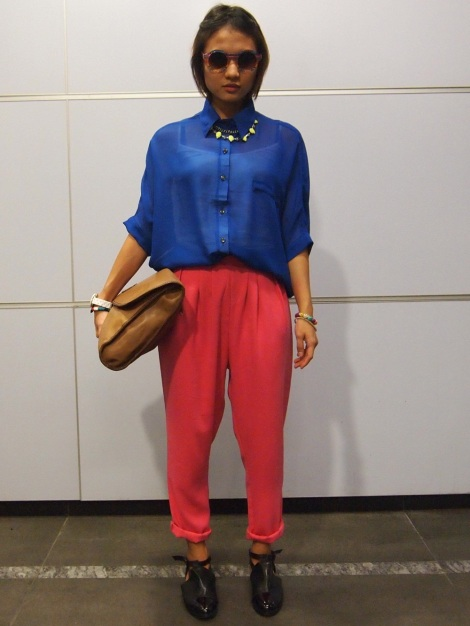 Top (Bugis), pants (Bangkok), shoes (Vestiges), oversized clutch (Mum's), necklace (H&M).